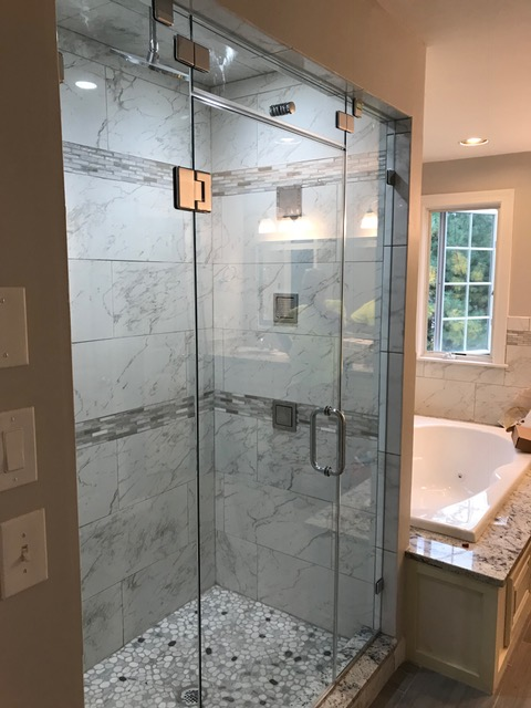... Glass Shower Doors With Steam Vent ...