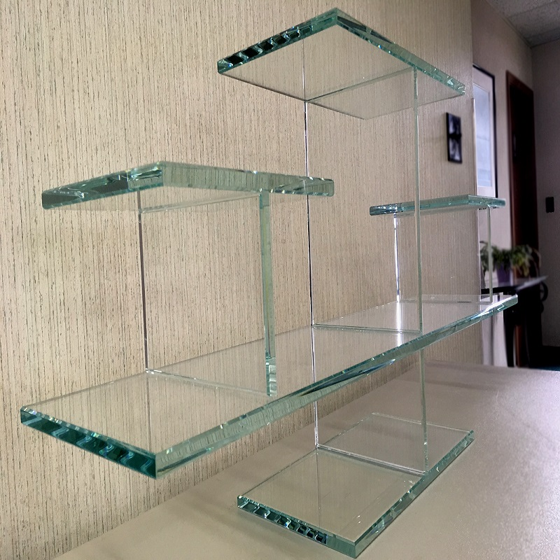 UV Bonded Glass Shelf