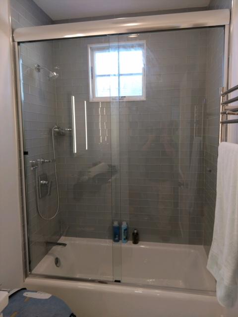 Custom Shower Doors And Tub Enclosures In Massachusetts